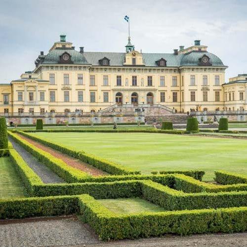 Drottningholm-palace-sweden-tours-gala-dinners